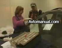 Видео: скол на лобовом стекле автомобиля. Способ ремонта.
